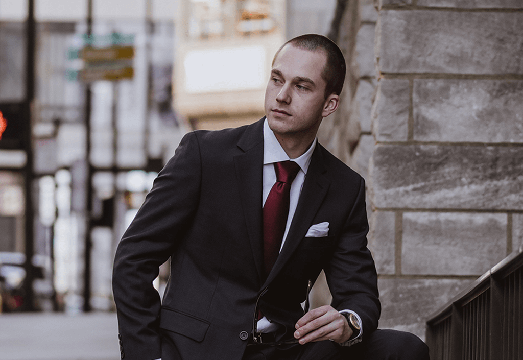 3-Items-Every-Young-Professional-Should-Have-in-Their-Wardrobe